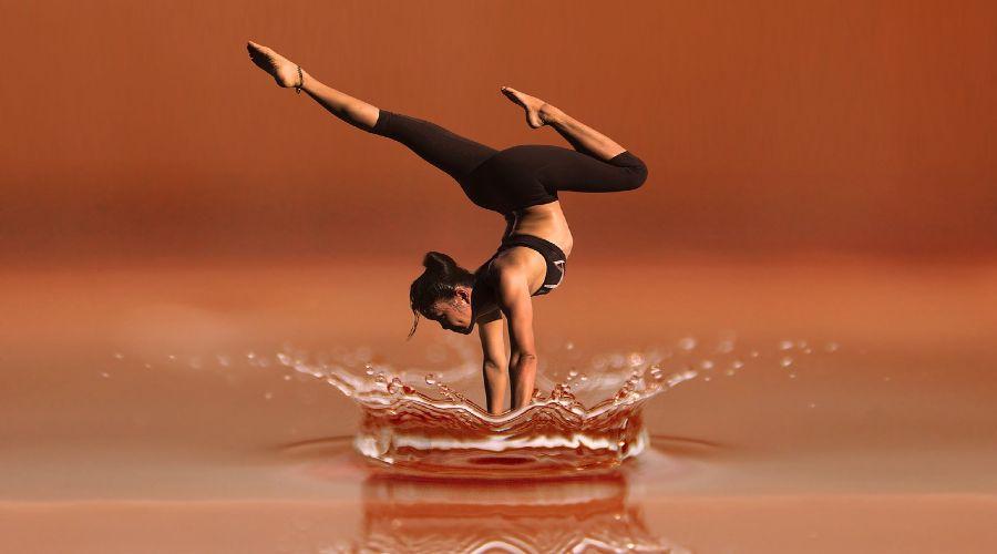 Yoga, benefici e curiosità di una pratica famosa in tutto il mondo