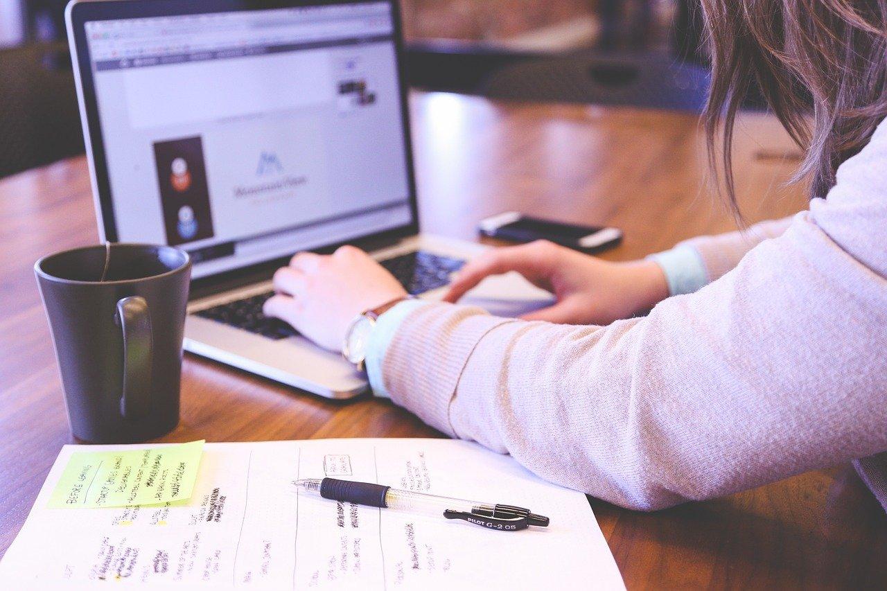 Guadagnare online, alcuni dei modi più semplici per iniziare subito
