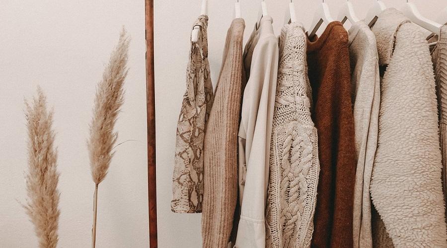 Abbigliamento all'ingrosso online, scegli comodamente e ordina da casa